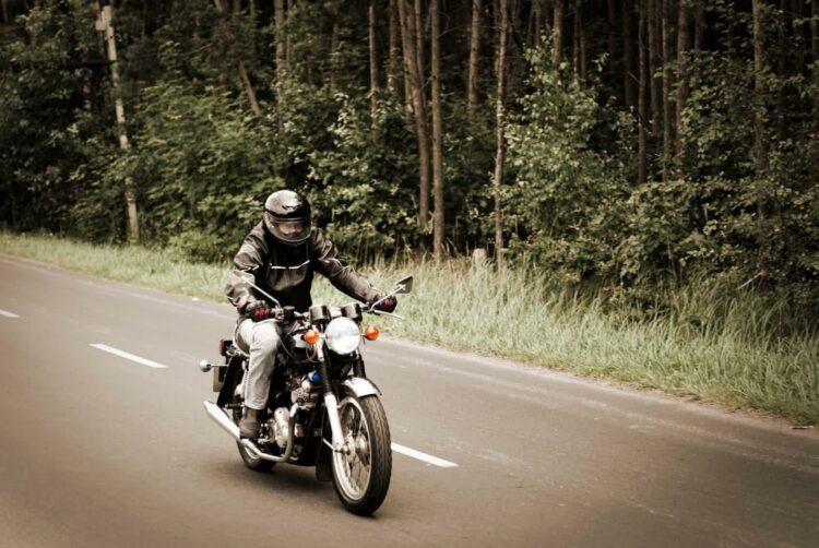 Documents à réunir pour assurer sa moto