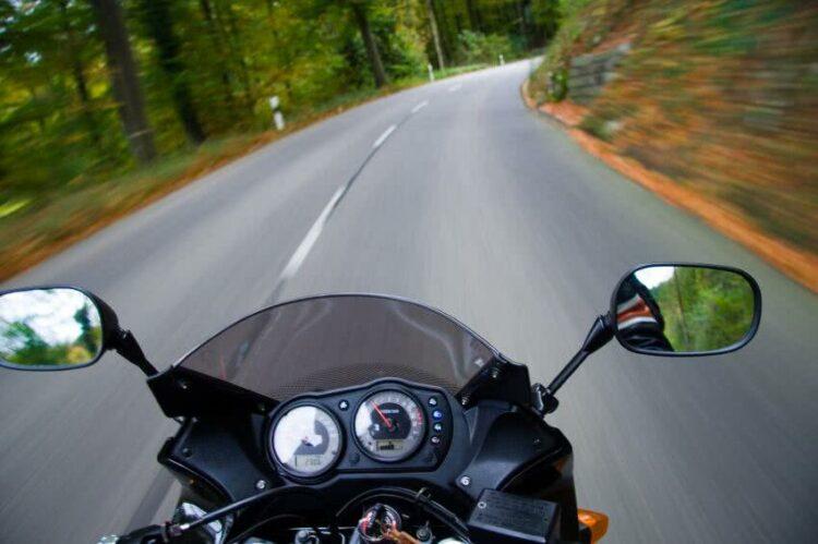 Kit puissance et débridage de moto: que risquez-vous?