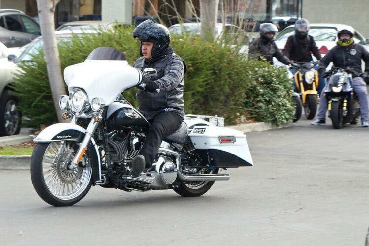 Permis moto: conseils pour réussir l'épreuve de l'allure réduite