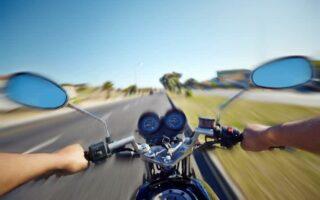 Quels risques si je débride ma moto?