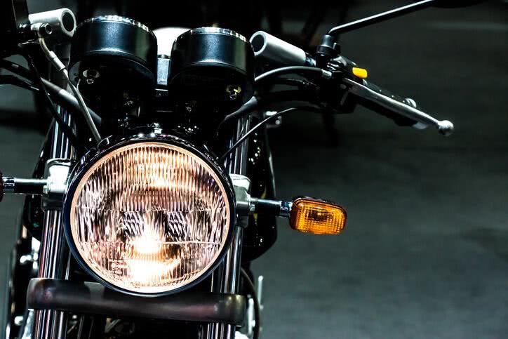 Bien régler un phare de moto