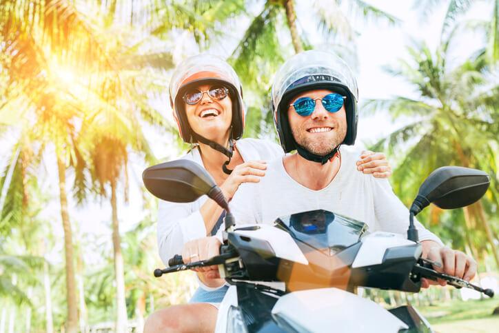 Location d'un scooter: longue durée ou à la journée?