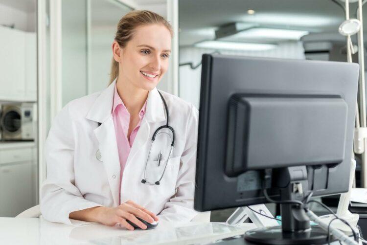 Télémédecine: la plateforme Qare se lance en France