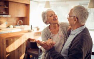 Mutuelle seniors: faites des économies grâce à la comparaison!
