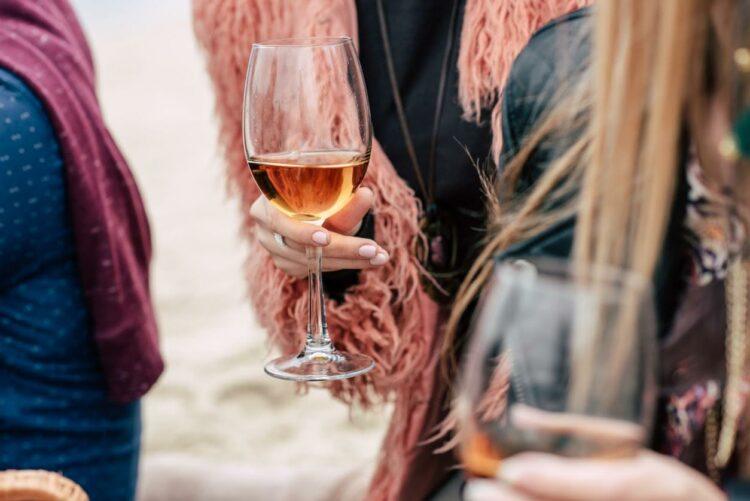 Alcool: les médecins réclament un prix plancher