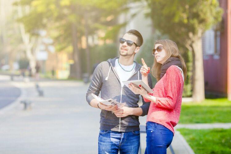 Immobilier: deux Français sur trois regardent les annonces sans intention d'acheter