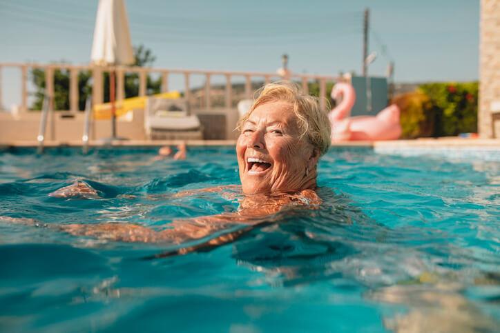 Ma complémentaire santé ne me couvre plus après 75 ans, que faire?