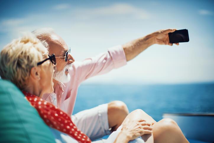 Passer sa retraite à l'étranger tout en assurant sa santé