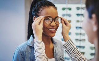 Ordonnance de lunettes et de lentilles: ophtalmologue, opticien ou orthoptiste?