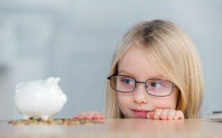 Compte bancaire enfant: les banques en ligne s'adaptent aux 12-18 ans