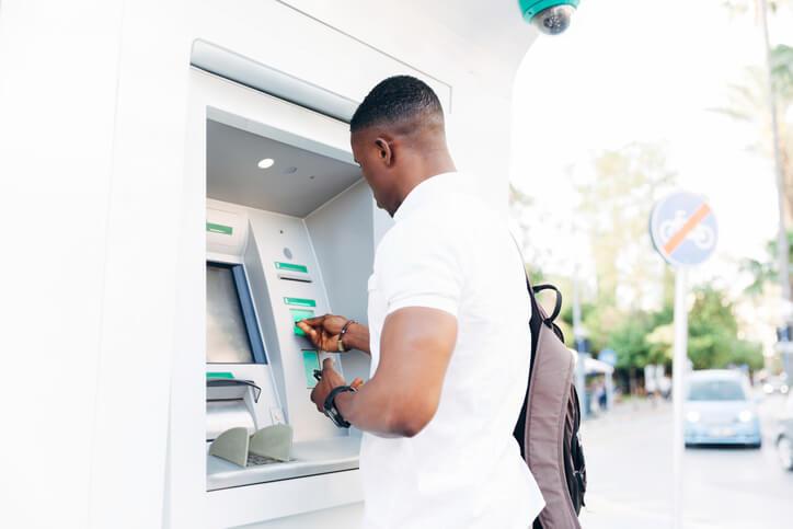 Frais bancaires en hausse: les Français paieront 215,50€ en 2020
