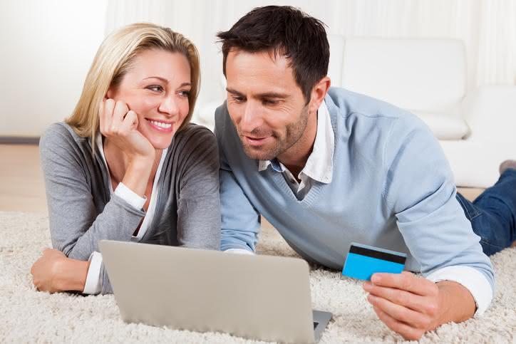 En couple: faut-il préférer le compte joint aux comptes séparés?