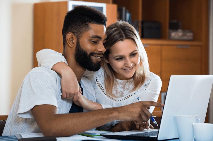 Bien choisir sa banque en ligne pour un compte joint