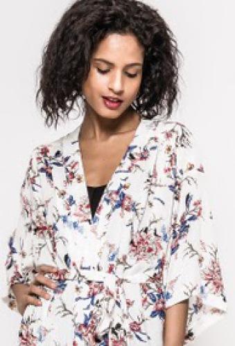 Kimono, met mooie bloemenprint - trendy deze zomer