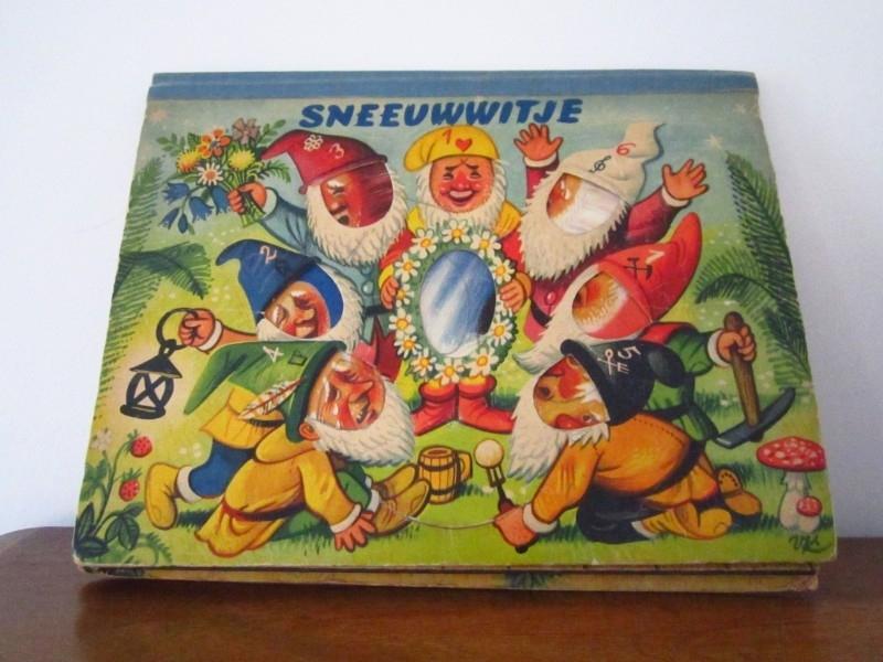 Kubasta pop-up boek Sneeuwwitje