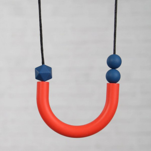 HALSKETTING SILICONE U-vorm rood-blauw of turquoise-blauw
