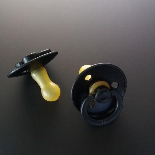 Bibs - fopspeen - Black