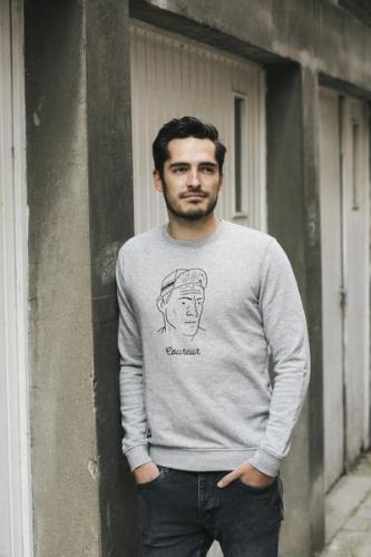 Portret coureur sweater