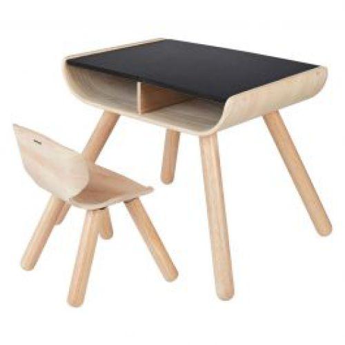 Tafel en stoel voor kleuters