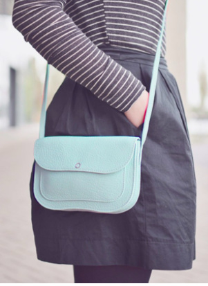 Cat chase bag - dusty green