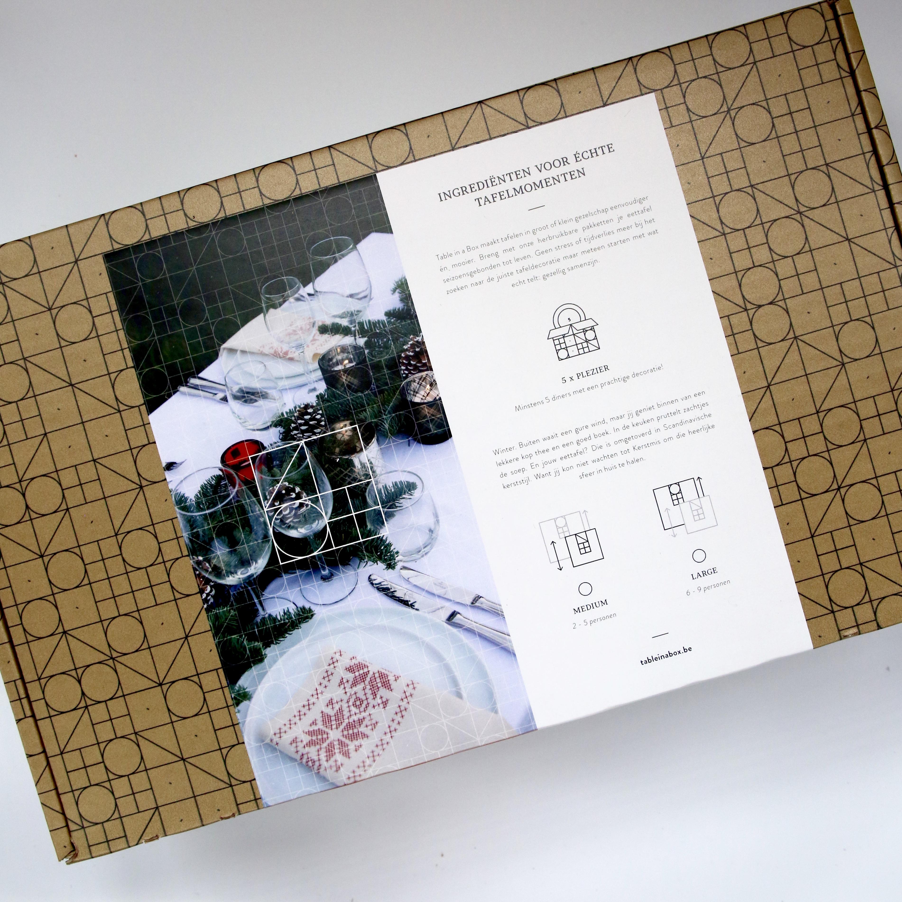 Tafelversiering voor Kerstmis — Table in a Box