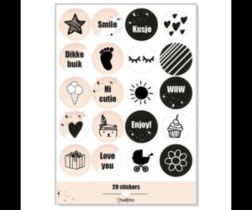 Stickervel Baby Op Komst ROZE - Studijoke