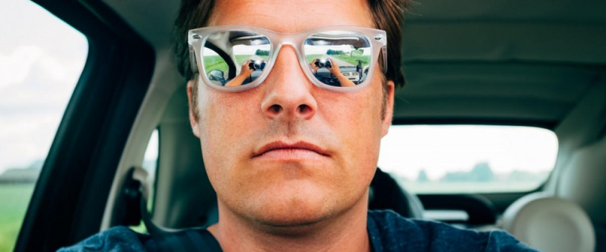 How To Take An Epic Selfie When You Travel Alone