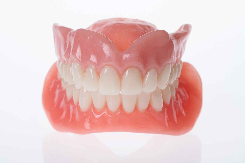 Custom full dentures