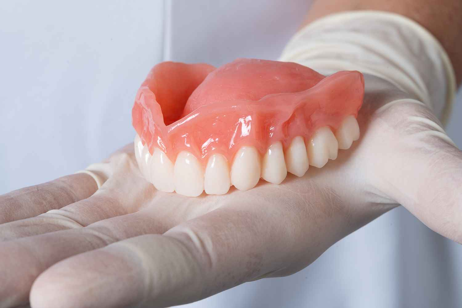 Immediate full upper denture
