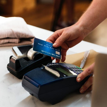 Australia's New Credit Card Restrictions Protect Borrowers from Spiralling Debt