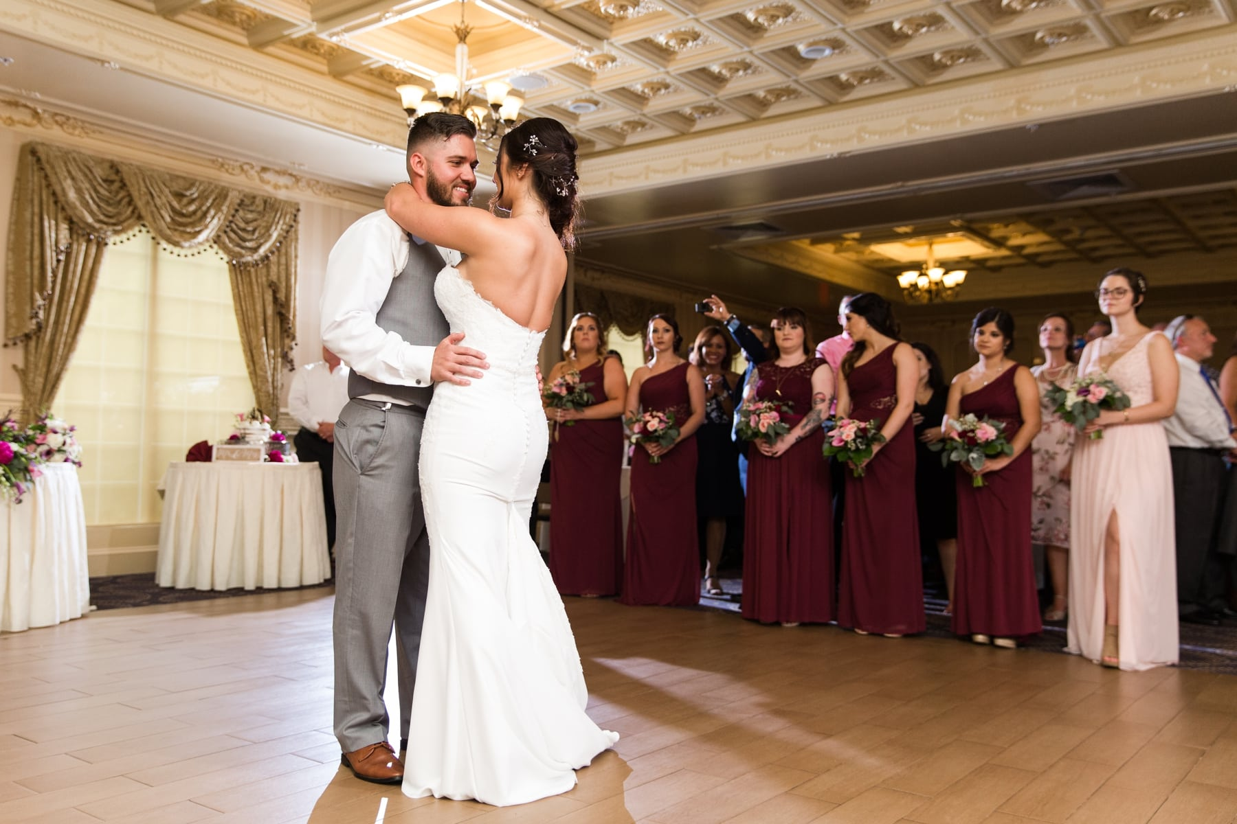 Jennifer + Travis\'s Wedding at the Hilton Garden Inn in Hamilton, NJ ...