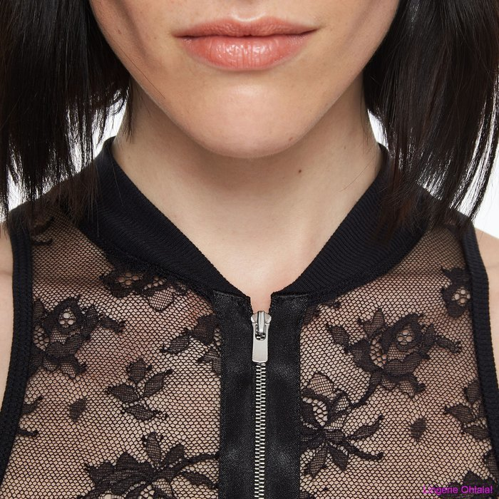 Chantal Thomass Intrigante Body (Black) detail 4.1