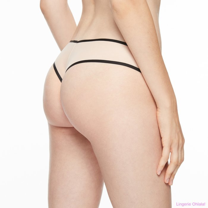 Chantal Thomass Singuliere String (Nude/Black)