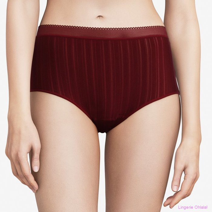 Chantelle Between the lines Tailleslip (Raspberry)