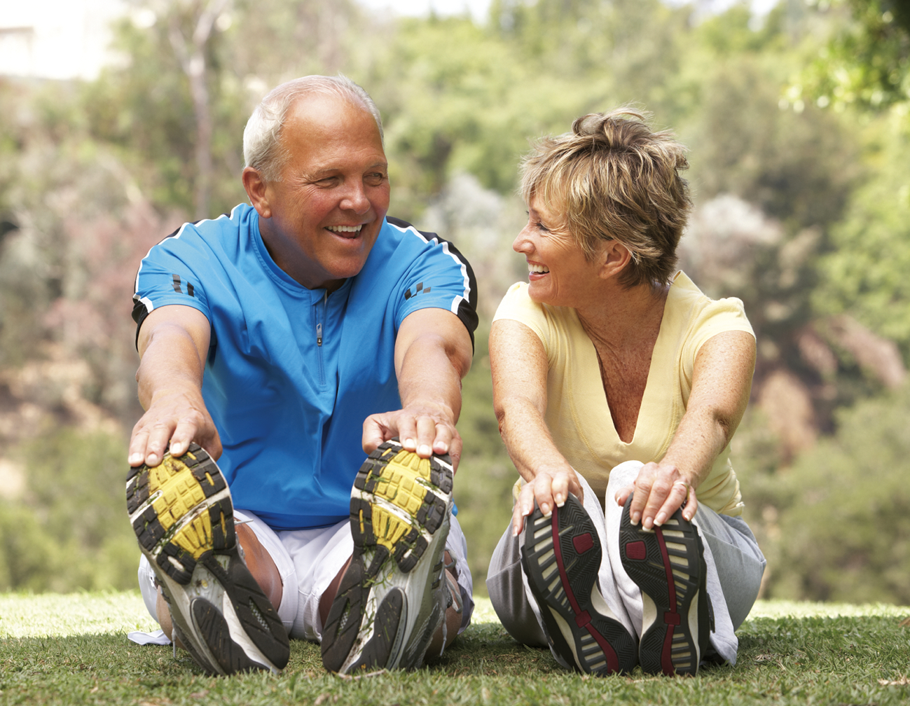 10 Best Sports For Seniors. header image