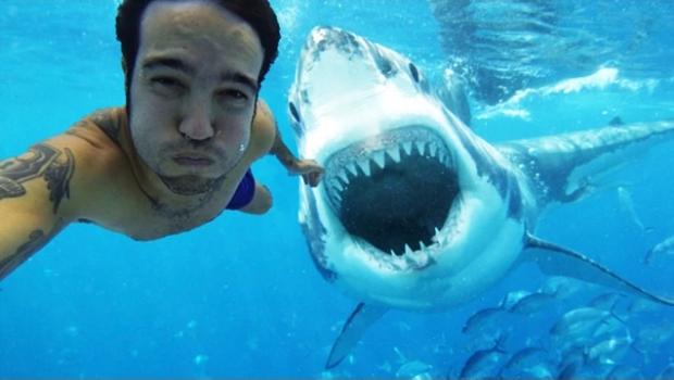 Världens farligaste selfies! Missa inte denna helt galna video.