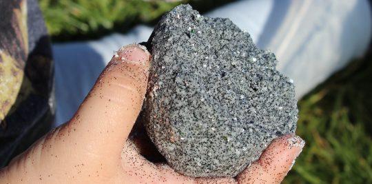 Moon-rocks-hero