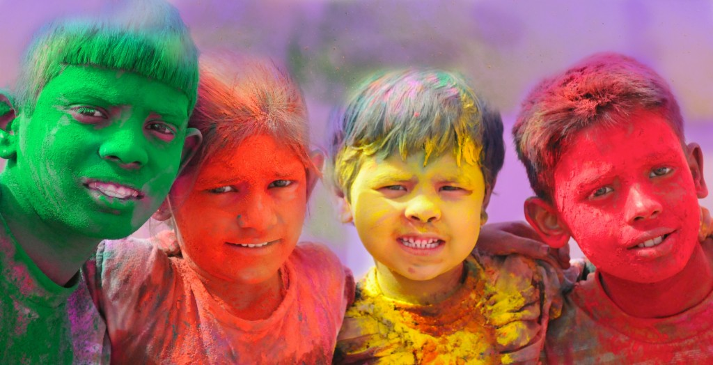 Little Passports Kids Holi in India PIcture