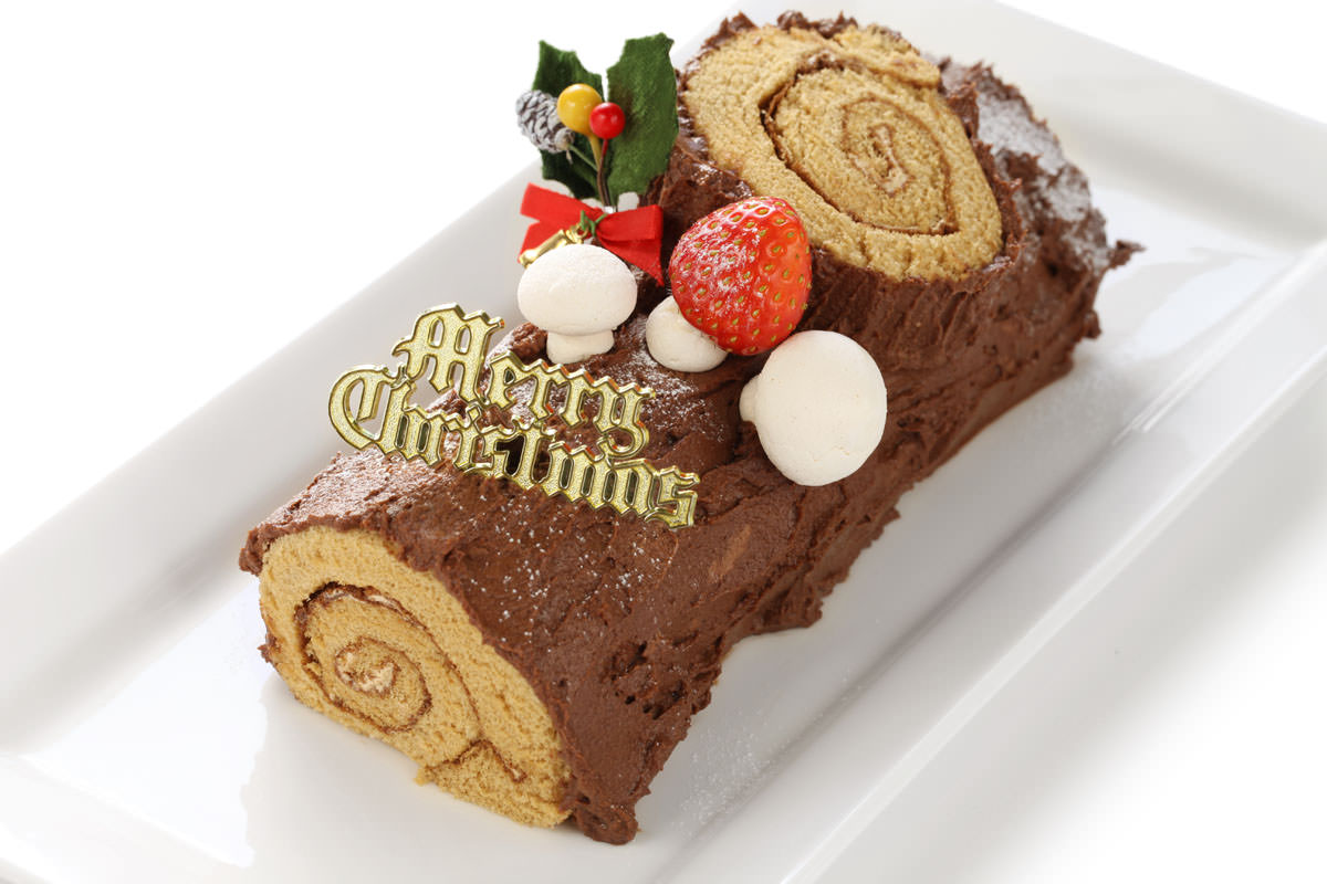 Christmas In France Tradition.French Christmas Tradition Buche De Noel Little Passports