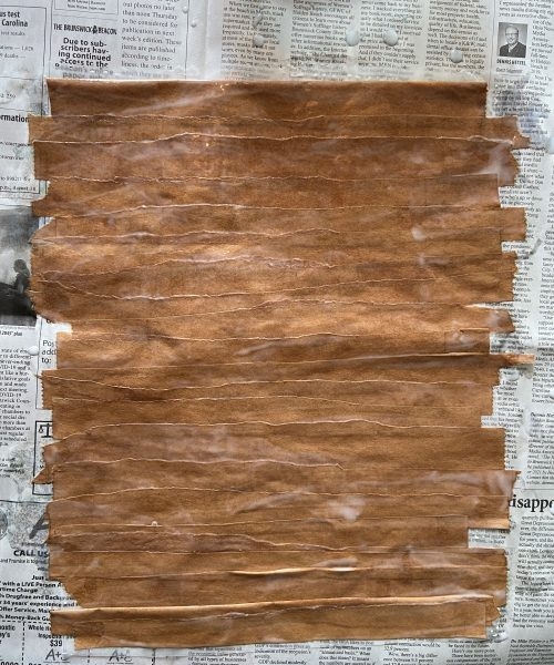 create a papyrus scroll step 5: lay paper strips side by side