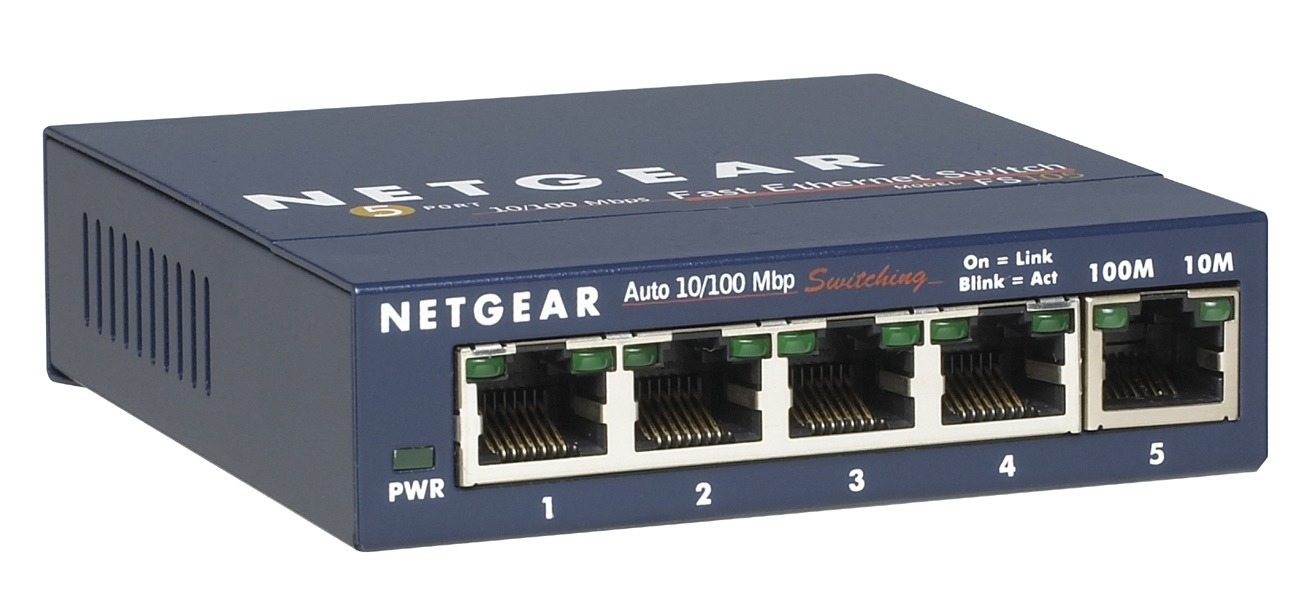 Netgear FS105-300PES Switch