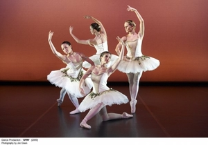 The Nutcracker Ballet (Clara's Dream)