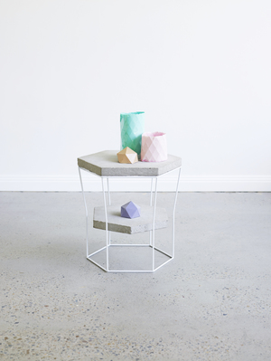 LINZI stool/side table