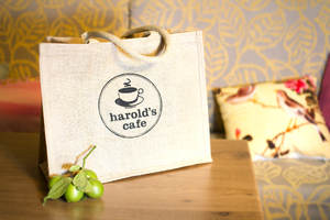 'Harolds Cafe' Logo Design