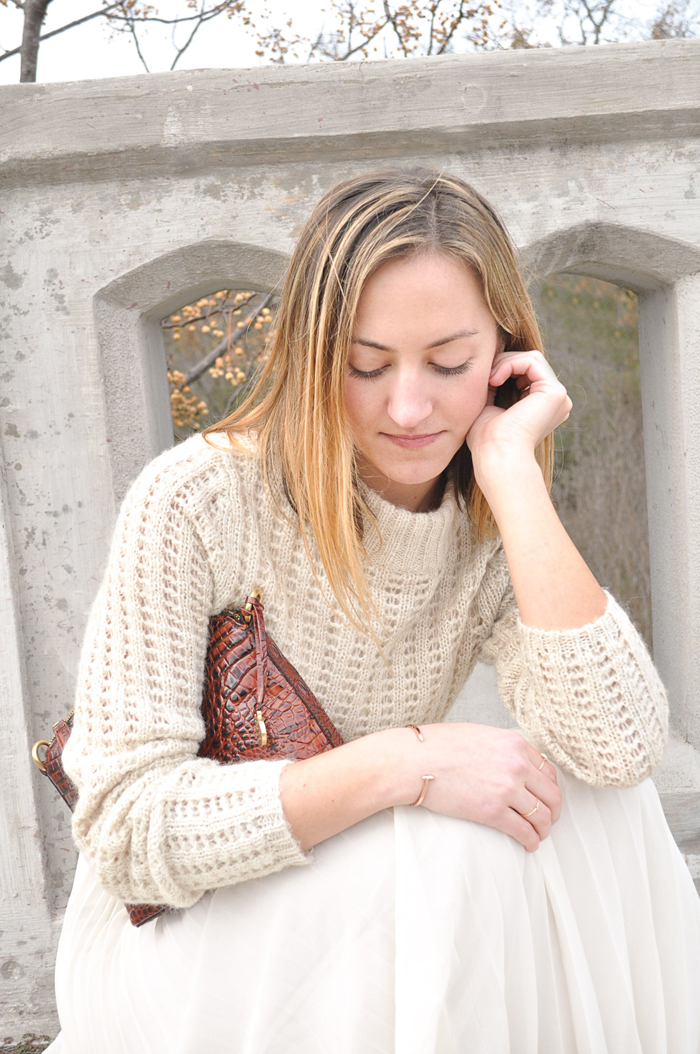 livvyland-blog-olivia-watson-winter-white-anthropologie-brahmin-handbag-nordstrom-austin-texas-fashion-blogger-benjamin-stelly-photography-5