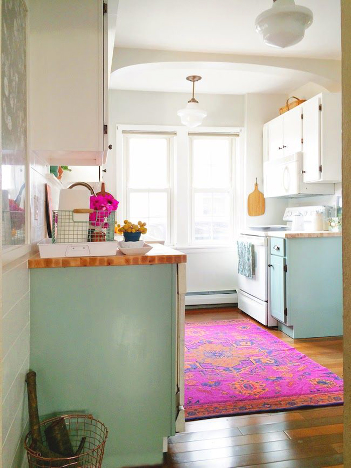 colorful-kitchen-pink-teal