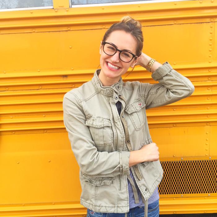 livvyland-blog-olivia-watson-warby-parker-class-trip-yellow-bus-popup-shop-austin-texas-1