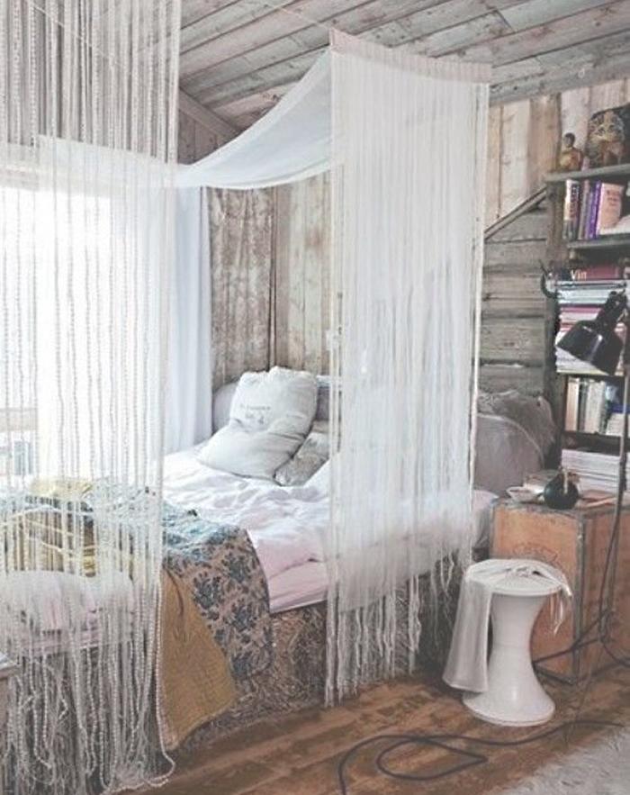 cozy-boho-bed-space-bedroom-decor