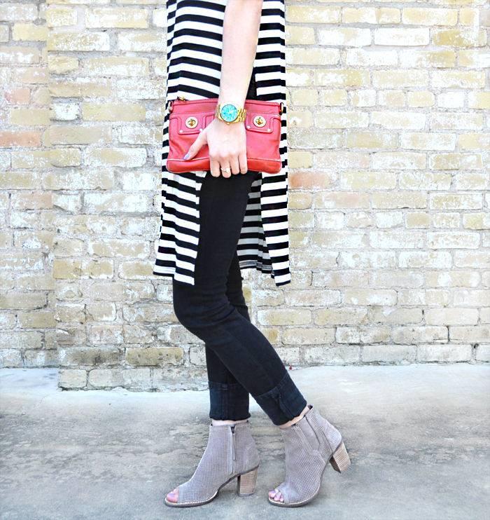 livvyland-blog-olivia-watson-austin-texas-fashion-blogger-forever21-striped-long-high-slit-tee-shirt-toms-booties-spring-style-14