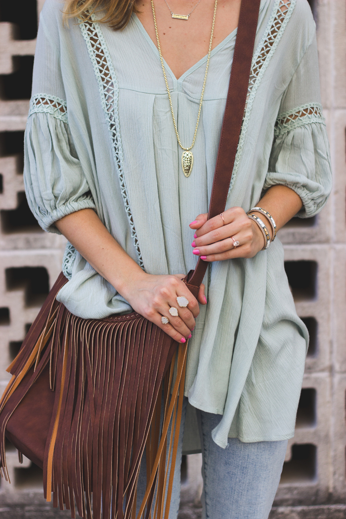 livvyland-blog-olivia-watson-austin-texas-fashion-style-blog-kathyn-frazer-photography-chic-wish-tunic-kendra-scott-arrowhead-necklace-naomi-drusy-double-ring-boho-outfit-fringe-handbag